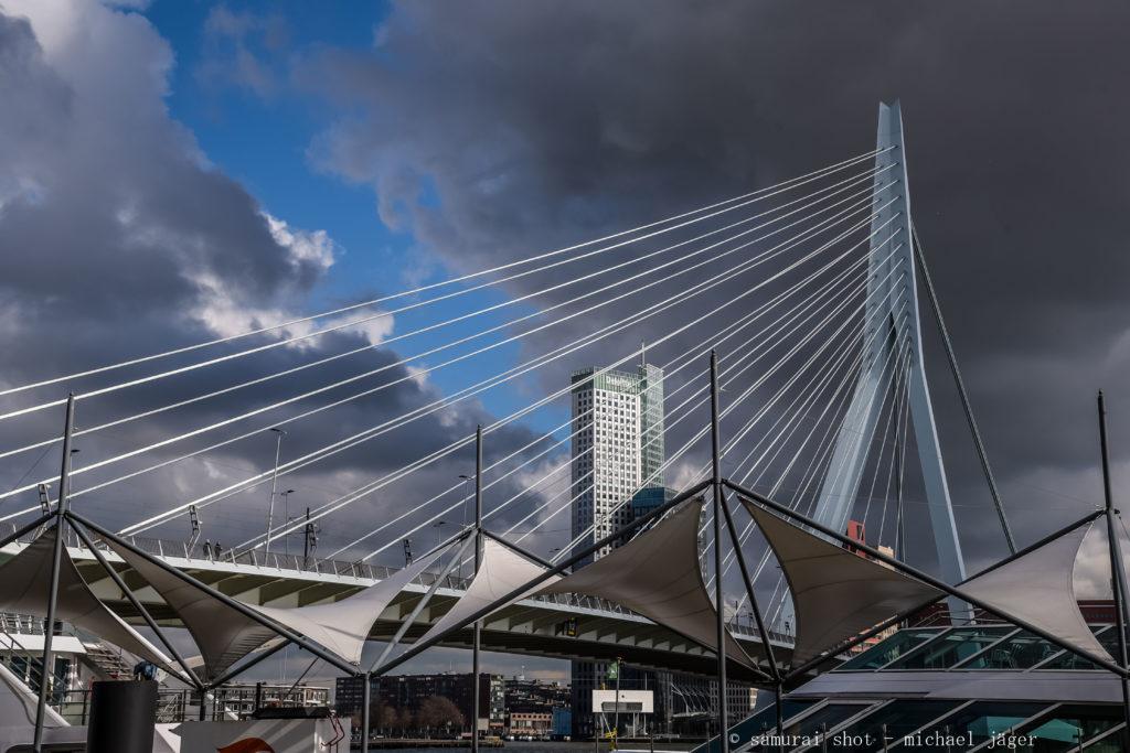 Architekturfotograf Köln – Erasmusbrücke Rotterdam